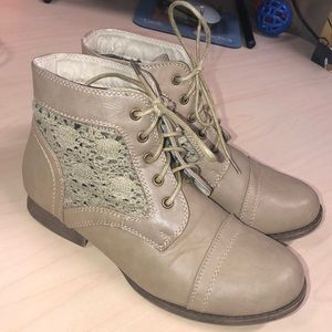 Shoes - Tan Boots